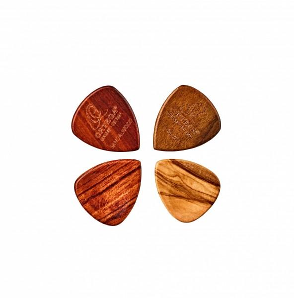 ORTEGA Holz Picks Sortiment - 4er Pack / Olive / Padouk / Sandel / Chacate (OGPW-MIX4)