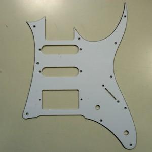 IBANEZ plastic pickguard - white/black for GRG140 (4PG27A0017)